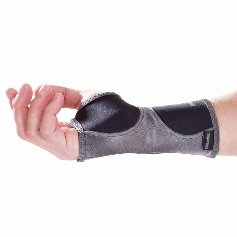 Mueller HG80 Wrist support for sports