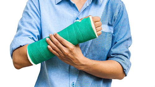 Distal Radius Fracture Require A Plaster Cast To Heal